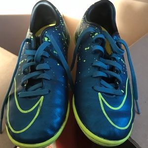 Youth size 2 cleats